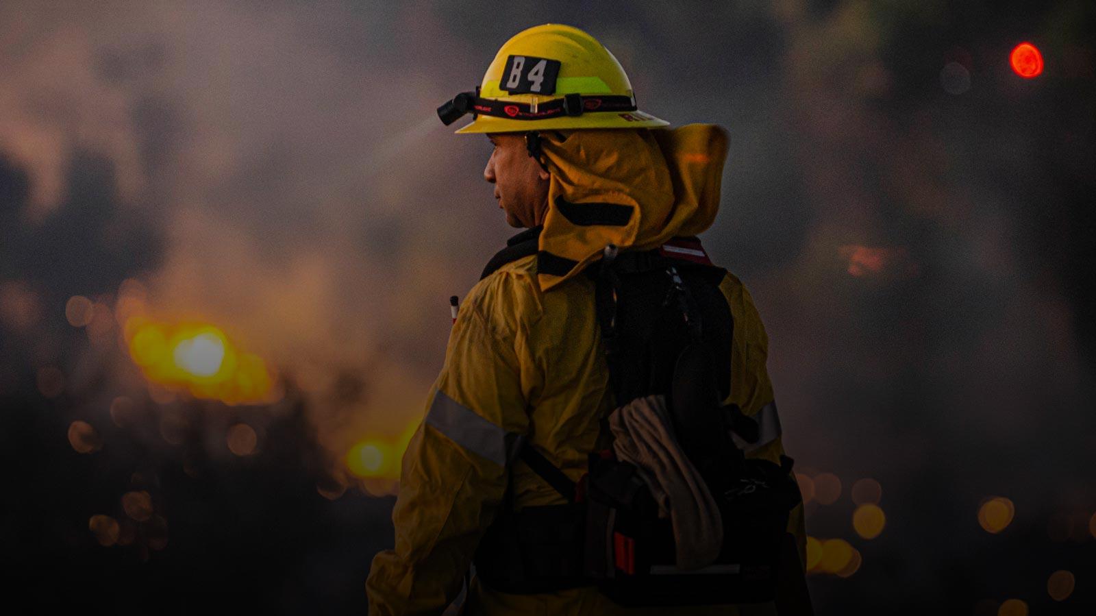 https://iqonboard.com/wp/wp-content/uploads/2020/03/fire-crew-1.jpg